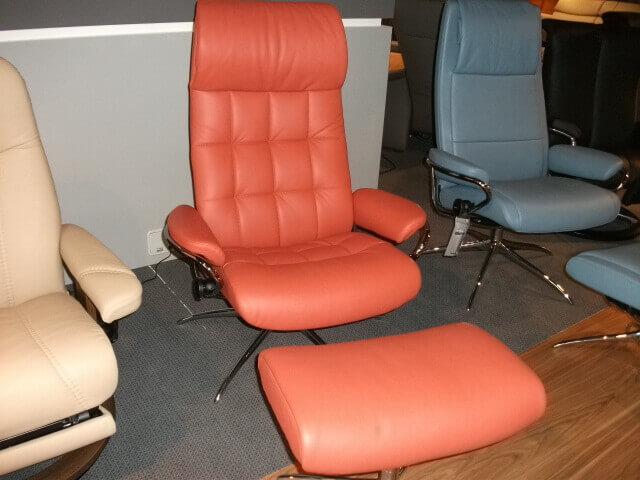 stressless sessel hocker london high back polster beck. Black Bedroom Furniture Sets. Home Design Ideas